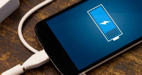 Come caricare Batteria Smartphone e gli errori da evitare